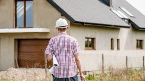 Obce: Nový stavební zákon by mohl ohrozit povolování staveb na rok
