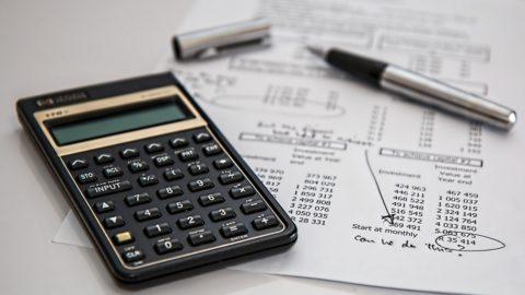 Hypoteční banka: Hypoteční trh klesl loni o 17 pct na 181 mld. Kč