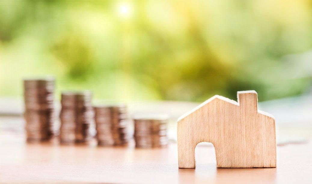 Peníze - daně - dům - realitní trh