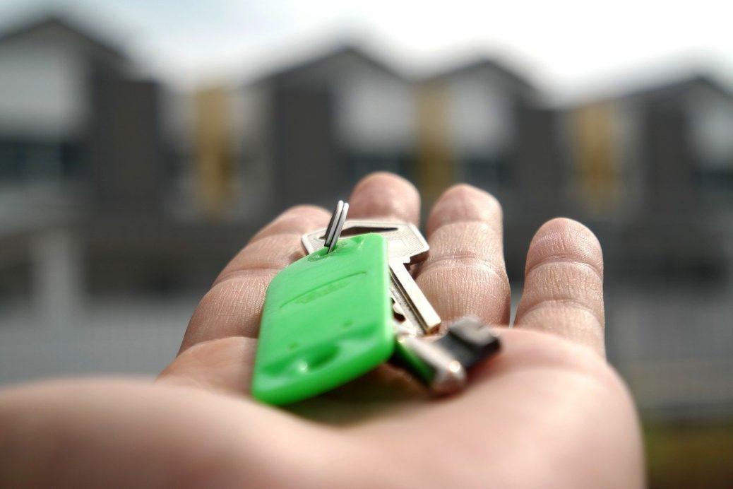 ochrana práv pronajímatele - klíče od bytu či domu