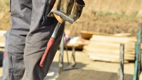 Stavbu je třeba více než kdy jindy promyslet, ušetřit můžete svépomocí. Hypotékou lze nově financovat i mobilheim