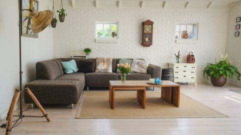Zájem o nemovitosti - bydlení - obývací pokoj