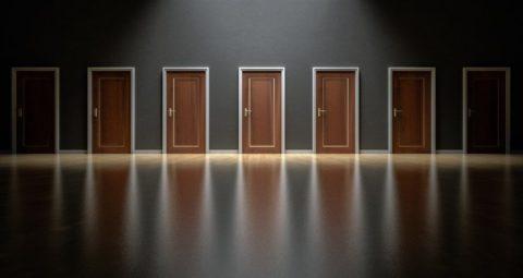 Průzkum: Každou třetí prodanou nemovitost vČR provázejí problémy