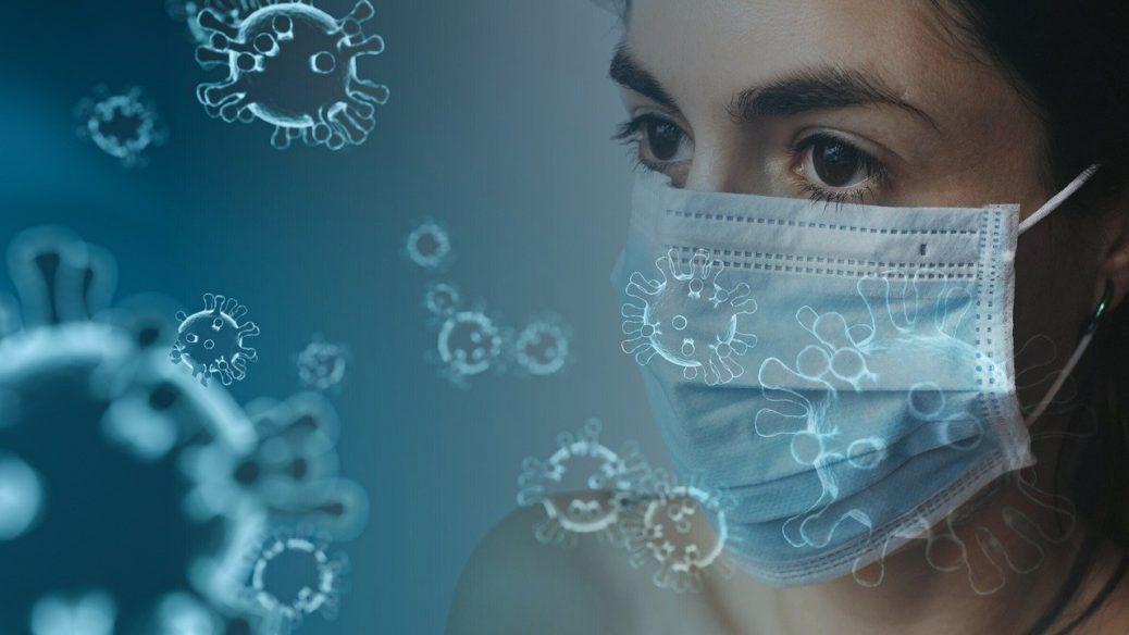 Koronavirus - žena v chirurgické roušce - lockdown